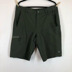 Men's Columbia Omni Shade Hiking Outdoor Shorts 36